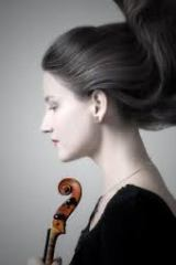 woman-with-violin